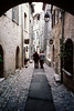 1982-04-XX - Alley in St  Paul de Vence, France