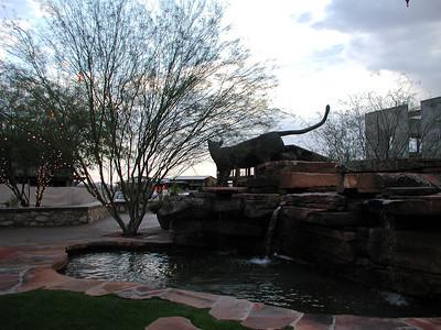 2003-02-28 - Sculpture at Marketplace at DC Ranch 02