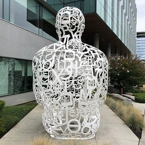 2015-09-15 - 02 Outside Pensa sculpture in South Lake Union, Seattle, WA, USA