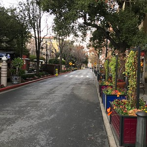 2018-01-05 - Photo 02 - Santana Row, San Jose, CA, USA