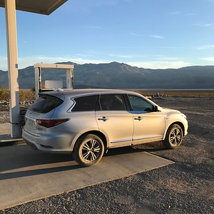 "2018-01-04 - Photo 02 - Death Valley - The ""Beast"" rental SUV"