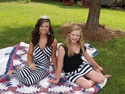 Hannah and Taylor 111