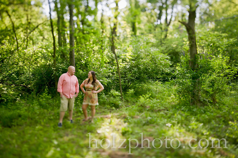 engagement photos Anchorage trail kentucky