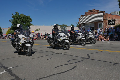 1906008_RodeoParade-3960474