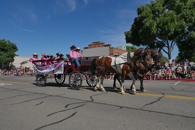 1906008_RodeoParade-3960493