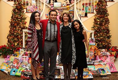Arti Dixson Holiday Party-jlb-12-19-10-5232w