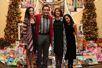 Arti Dixson Holiday Party-jlb-12-19-10-5231w