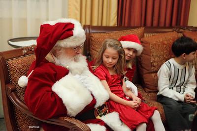 Arti Dixson Holiday Party-jlb-12-19-10-5223w