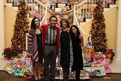 Arti Dixson Holiday Party-jlb-12-19-10-5235w