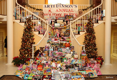 Arti Dixson Holiday Party-jlb-12-19-10-5230w