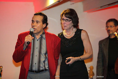 Arti Dixson Holiday Party-jlb-12-19-10-5246w