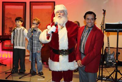Arti Dixson Holiday Party-jlb-12-19-10-5212w