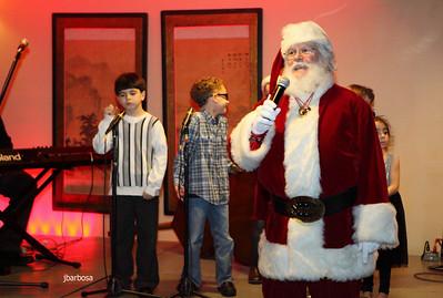 Arti Dixson Holiday Party-jlb-12-19-10-5213w