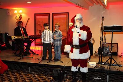 Arti Dixson Holiday Party-jlb-12-19-10-5209w