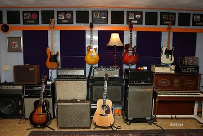 Dirt Floor Studios-jlb-2012-10-23-7399w