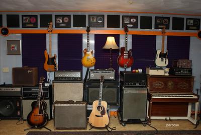 Dirt Floor Studios-jlb-2012-10-23-7400w-008