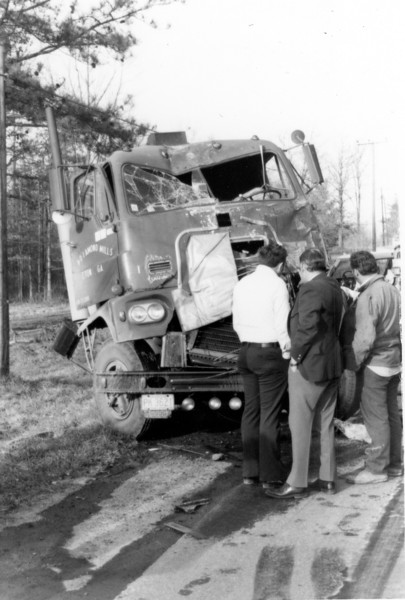 Diamond Mills truck wreck, 1970s. Company was located in Eton, GA.
