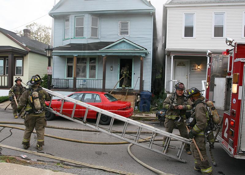 Working Fire on West Tupper Street<br /> <br /> Photo by John Hanley