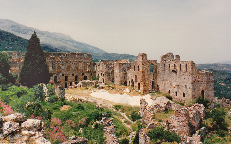 """The ruins of the Despot's (or """"Palaiologue"""") Palace, Mystras. The wall pierced by multiple arched windows (at left) is that of the Throne Room."""