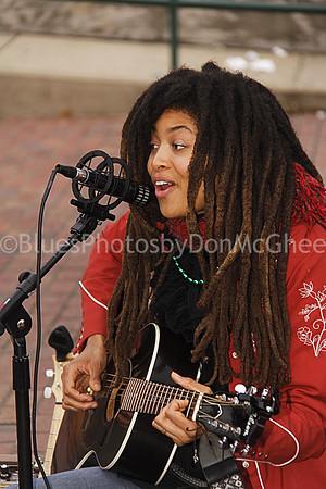 Valerie June King Biscuit Blues Festival, Helena AR www.valeriejune.com/
