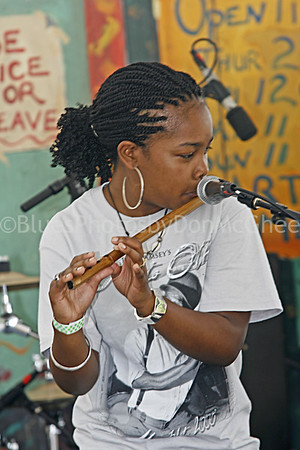 Sharde Thomas - Rising Star Fife and Drum Corps Chicago Blues Festival 2008