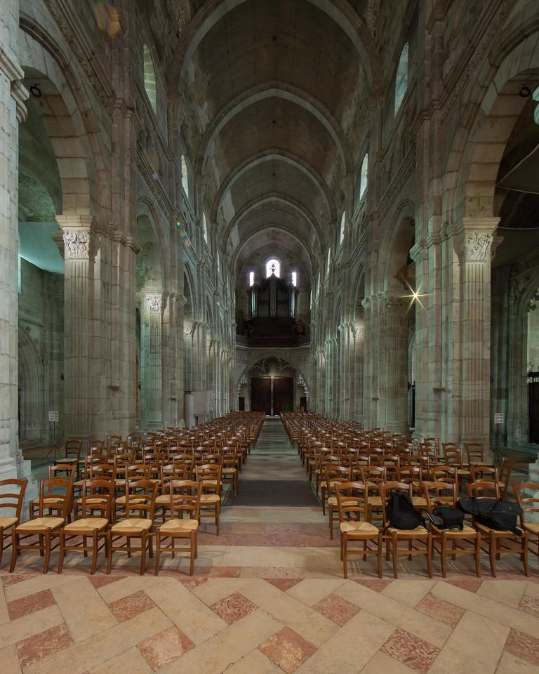 Autun, Saint Lazarus Cathedral Nave