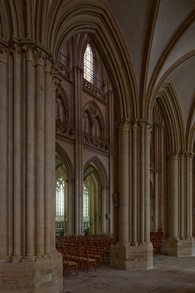 Coutances, Notre-Dame Cathedral Nave Arches