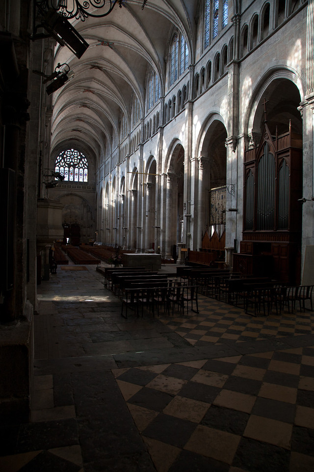 Vienne, Saint-Maurice Cathedral Nave Elevation