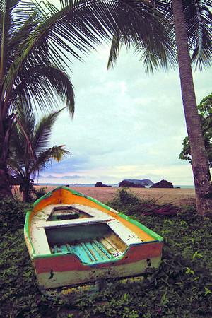 Stranded Row Boat 12x18 DSCF2961 2