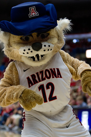 Wilber. Arizona vs Clemson basketball 10Dec2011