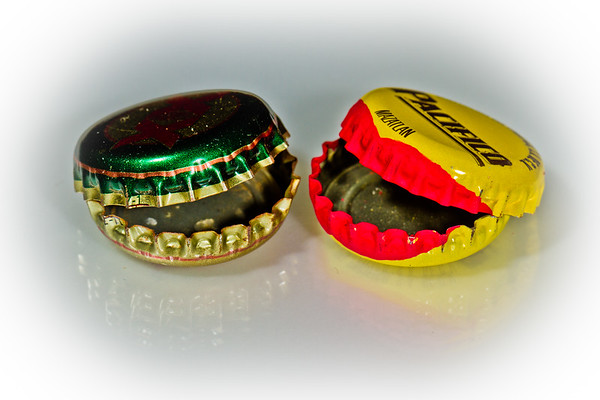 Kiss Me Bottle Caps