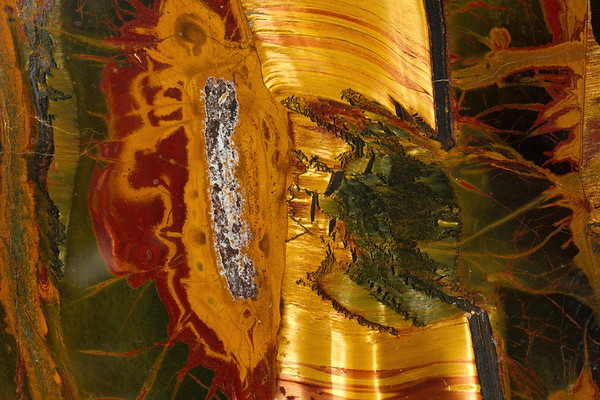 tiger iron. Gem & Mineral Show, Tucson, Arizona USA