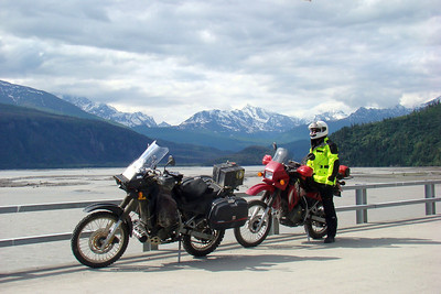 June 15, 2009  10:45 AM: Facing downstream over the Copper River from the highway bridge near Chitina.