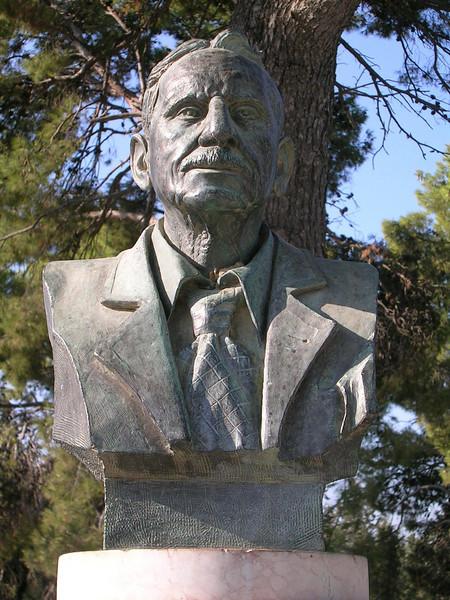 Sir Arthur Evans -Knossos excavator 1900 - British archaeologist