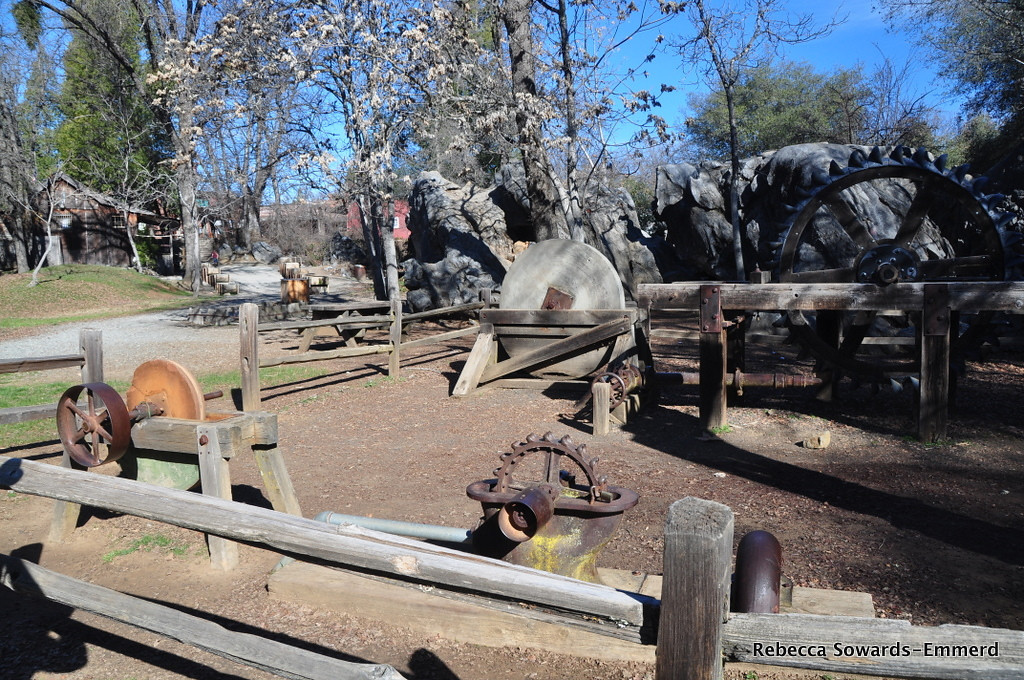 Columbia State Historic Park, grinding stones and equipment