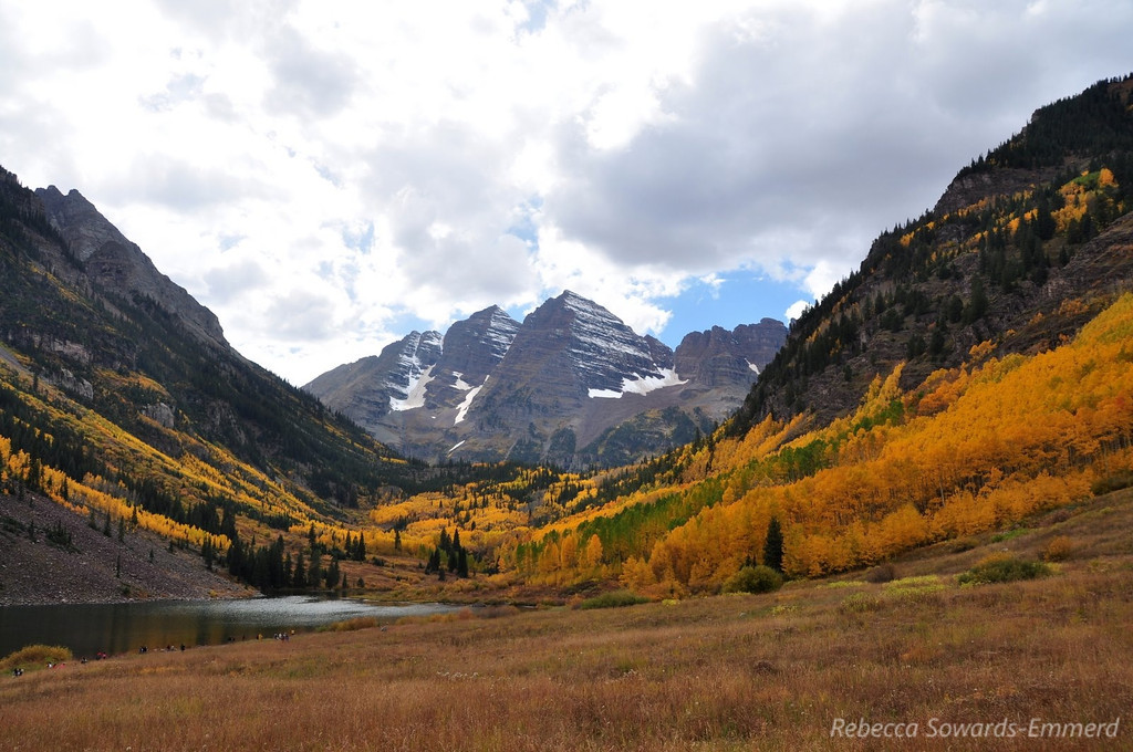Maroon Bells (notice all the people on the trail down by the water).