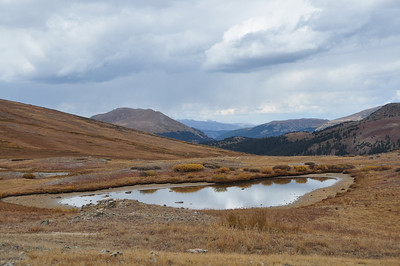 Near Independence Pass. Not liking the clouds.