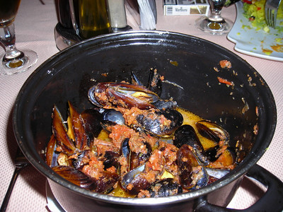 A big pot of mussels.