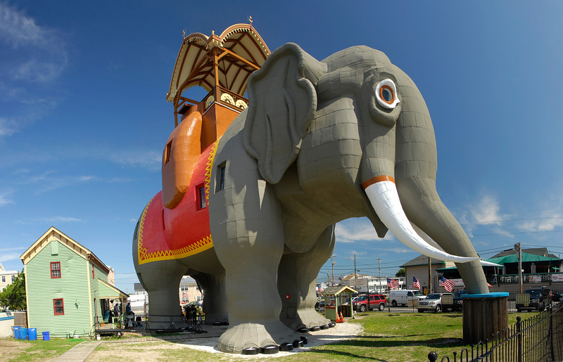 """Taken 07 Aug 2009.  """"Lucy the Elephant"""" in Margate, NJ."""