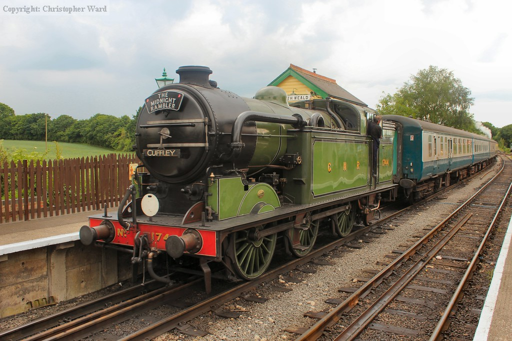 1744 backs onto the train for the run to Epping Forest