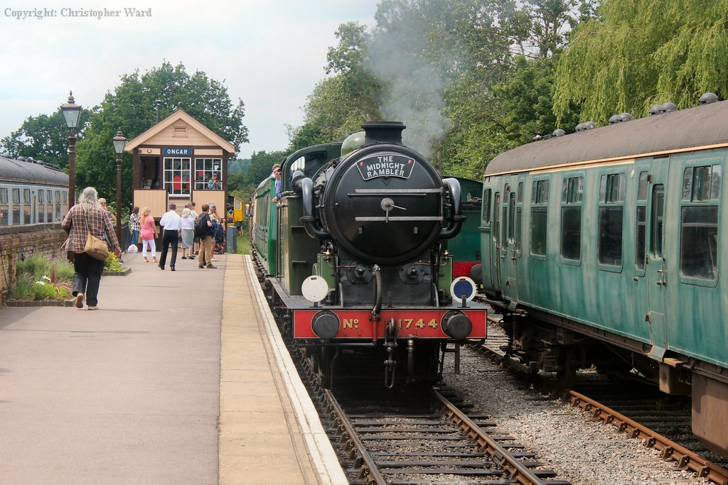 1744 bringing the train into the terminus