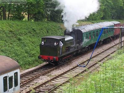 Austin 1 tails the train