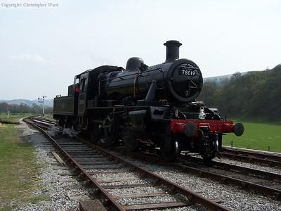78019 runs round at Carrog