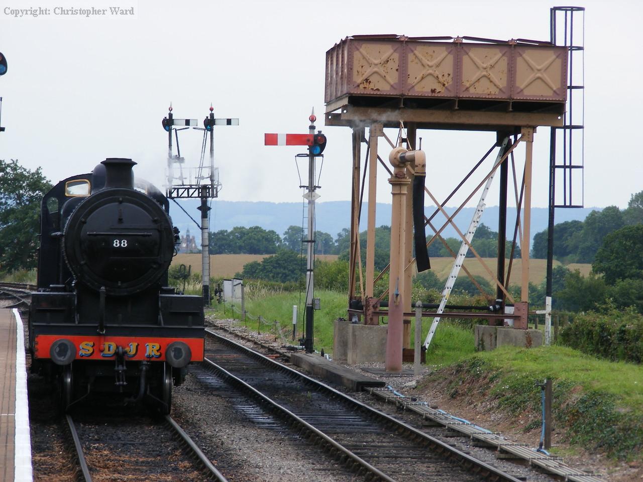 No.88 runs round the train