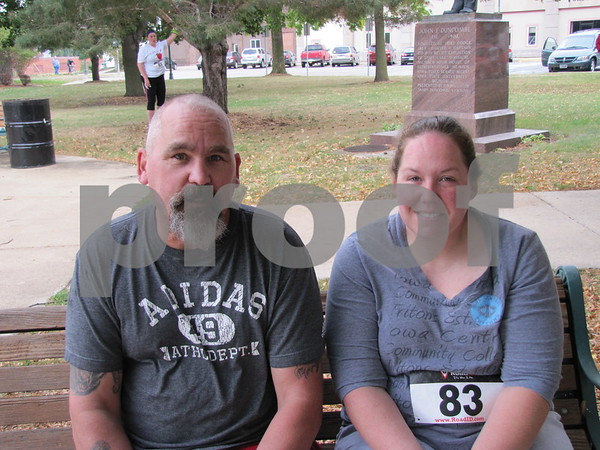 Rick Crouse and Danielle Lowrey before the 5K for Applefest.