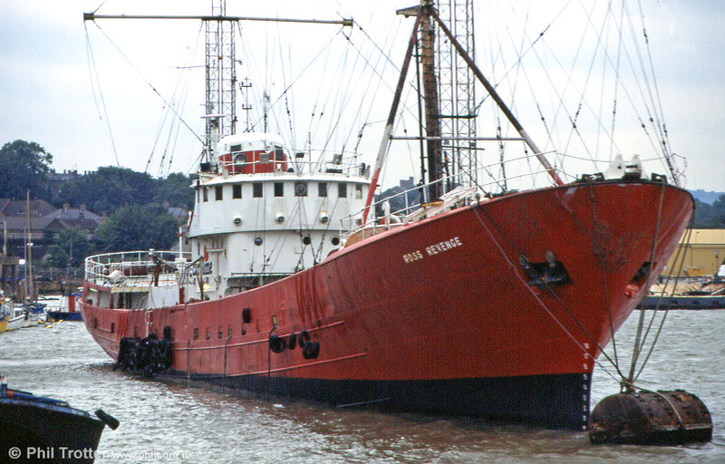 <DIV ALIGN=left>Ross Revenge in close-up, moored on the River Medway at Chatham, July 1996. In 1981 the Ross Revenge was purchased and secretly fitted out in a Spanish port. Its most striking feature was a 300 foot mast, the tallest structure ever fitted to a ship.  Once back in the North Sea, Caroline returned to the air in August 1983, much to the chagrin of the authorities who managed to track down and prosecute certain key individuals. The weather, rather that the authorities, continued to cause problems for the station. The ship broke adrift in 1986 and the following year, on 24th November the 300 foot mast came crashing down, again putting Caroline off air. A more modest replacement system was later installed. The Dutch authorities raided the ship in 1989, destroying much of the on-board broadcast equipment – a minor setback compared with what had gone before. In 1991 the Ross Revenge went aground on the Goodwin Sands and, notably, became one of the few ships ever to be rescued from that perilous location. The ship was later towed to Dover where it was impounded.</DIV>