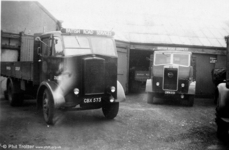 An archive shot of two British Road Services Seddon lorries at the Swansea BRS depot (in those days believed to have been at Landore) in 1950. The trucks are registered CBX 573 and DWN 991; the former carries the fleet number 20G97, the latter is 20G112. DWN 991 was ex-Davies, Fforestfach, CBX 573 was from Hayes; both had been withdrawn by 1956. British Road Services later moved to the North Dock in Swansea. (My thanks to John Harrington for providing additional details).