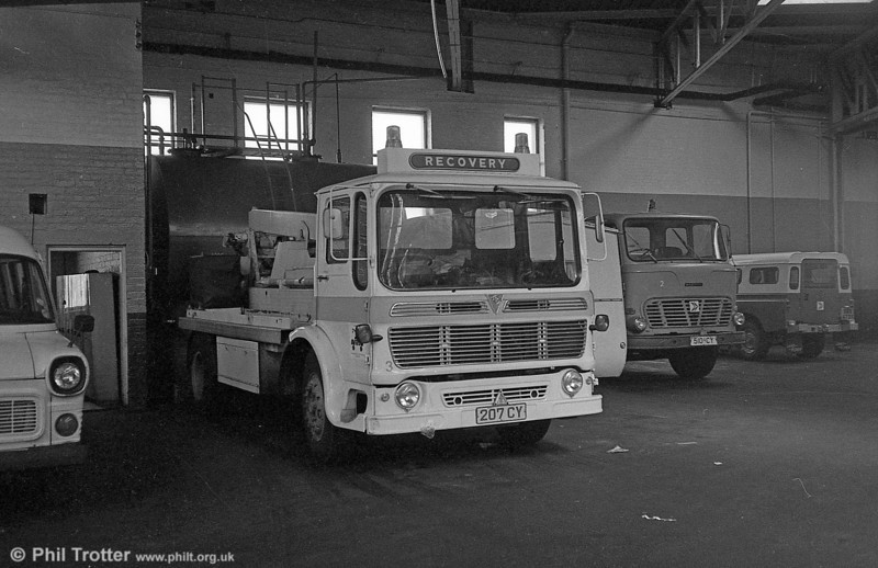 SWT's AEC Mammoth Minor recovery truck, previously NXG 754L.