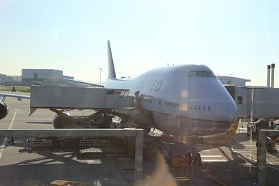 N180UA in Heathrow