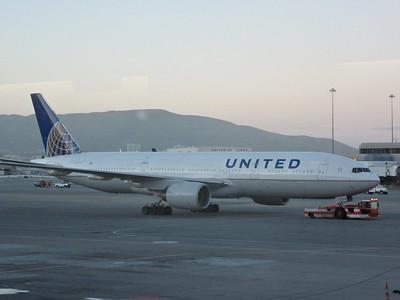 N795UA arrives into San Francisco Airport to work UA930 18:40 San Fransisco to Heathrow  09/02/15